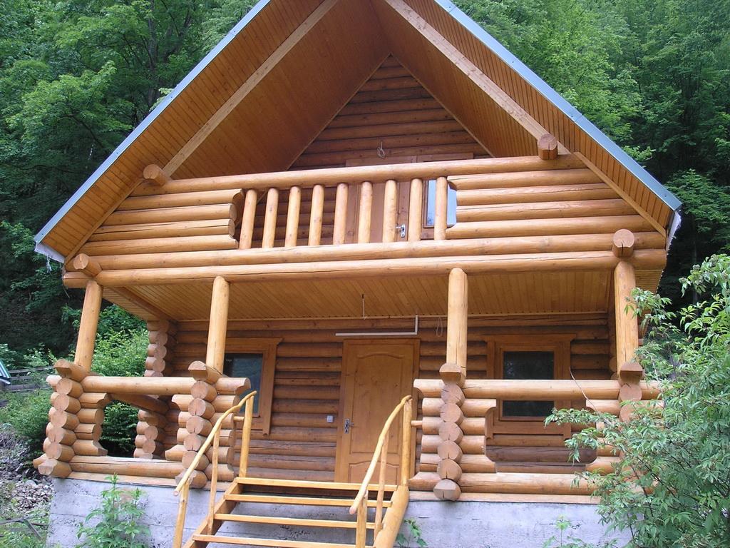 Балконы в деревянных домах