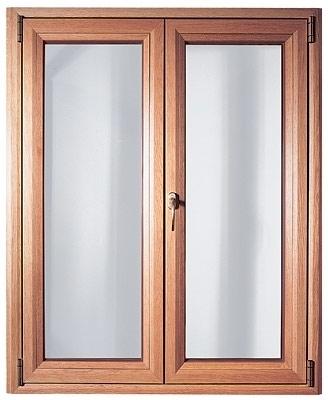 Окно для коттеджа