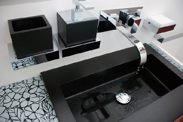 Ремонт ванных комнат – стоит ли доверять эту работу частному мастеру?
